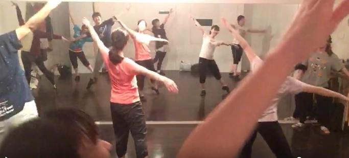 やってみたい曲でダンス